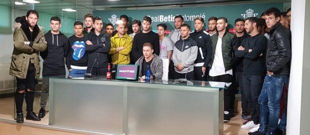 """La plantilla del Betis: """"Todos somos Zozulya"""""""